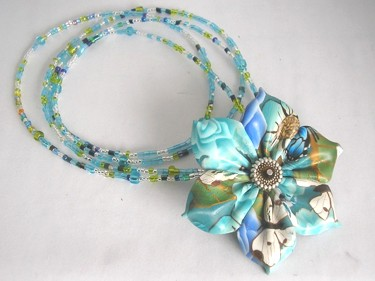 clay kanzashi necklace